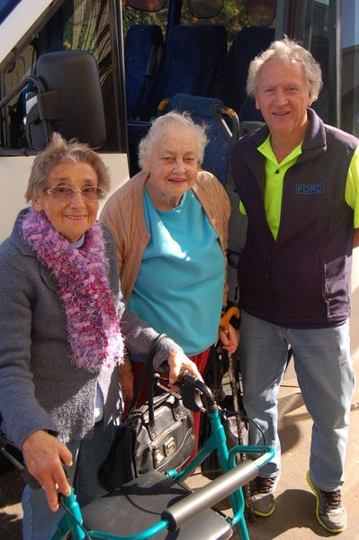 Alstonville Shoppers with TBBCT driver Grahame